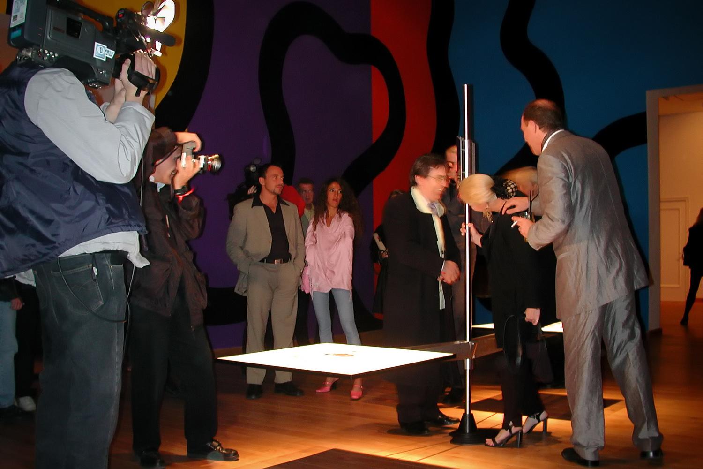 Binokulare Installation (algau) im Löwenpalais Berlin (Kunststiftung Starke) 2001